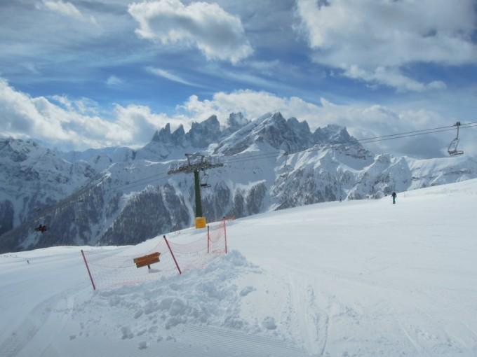 Trevalli Falcade widoki podczas zjazdu Dolomity