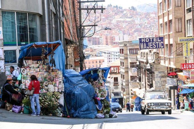 Strome uliczki i targ czarownic La Paz Boliwia
