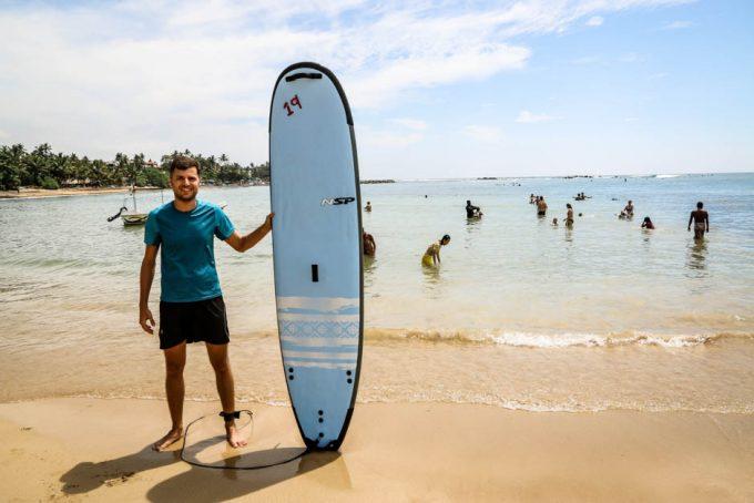 Mirissa surfing