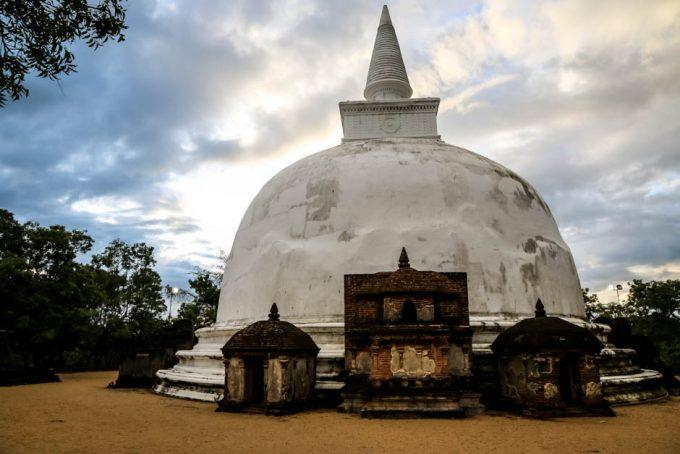 Polonnaruwa Sri Lanka stupa