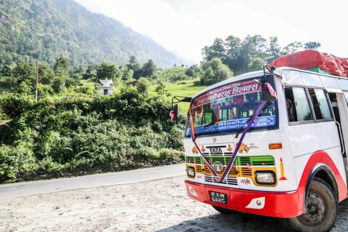 Nepal trekking do ABC autobus do Nayapul
