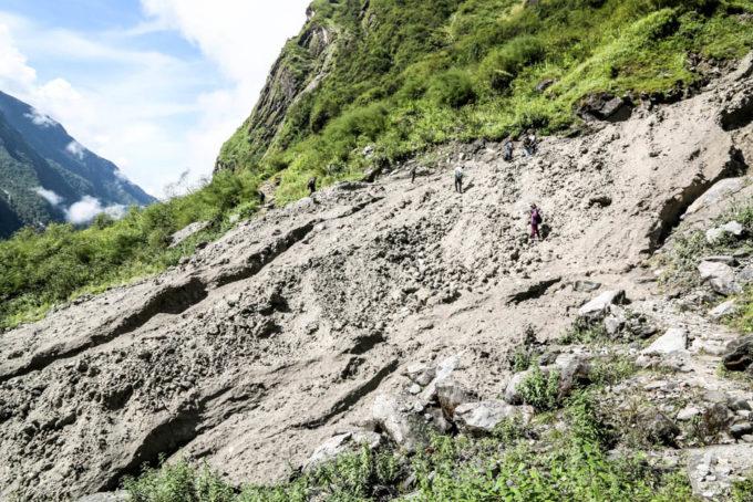 Nepal trekking do ABC lawina