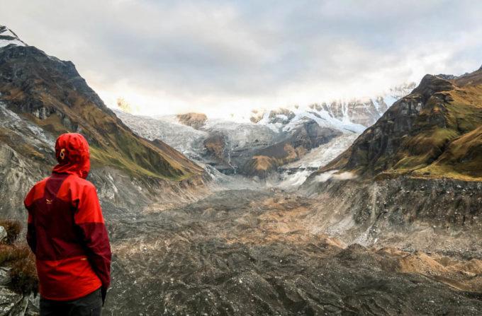 Nepal trekking do ABC morena lodowca
