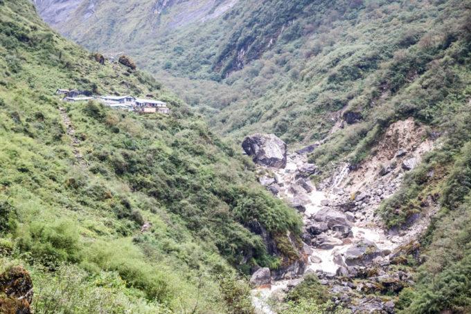 Nepal trekking do ABC wioska Himalaya