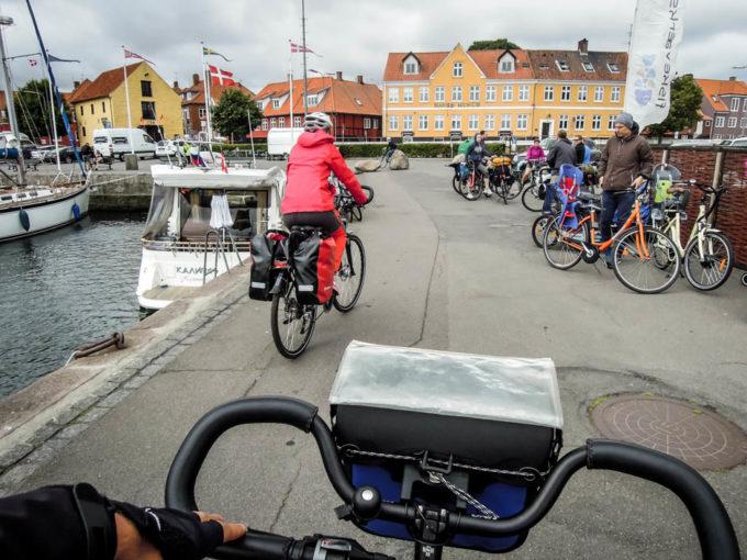 Wyjazd z portu w Nexo