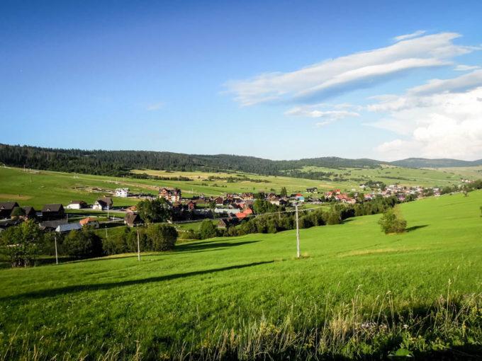 Osada w dolinie