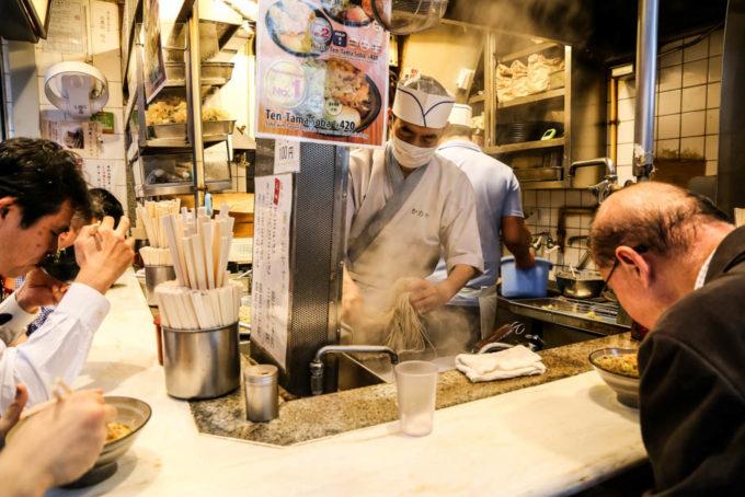 Jedzenie Omoide Yokocho Shinjuku