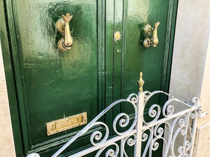 Kołatki w drzwiach Gozo