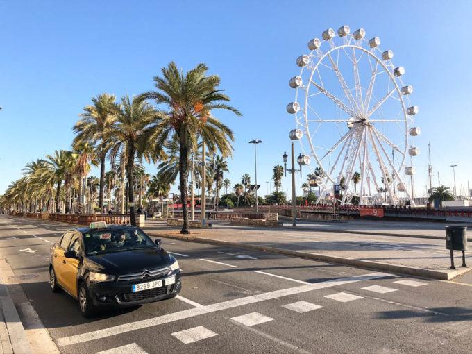 W drodze do portu Barcelona