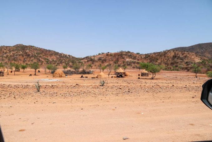 Wioski Himba w drodze do Epupa Falls