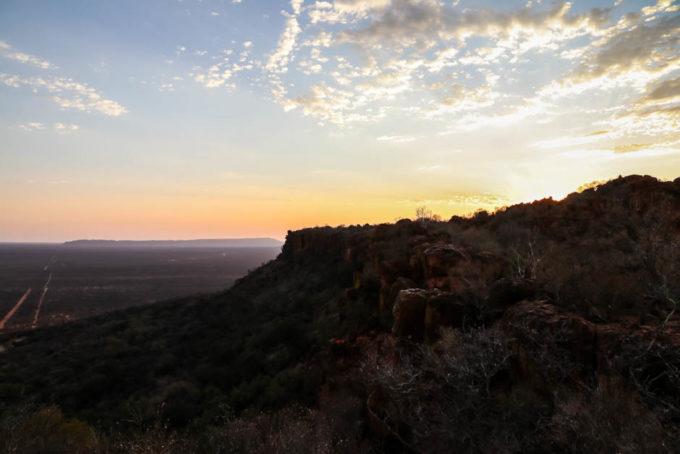 Zachód słońca PN Waterberg