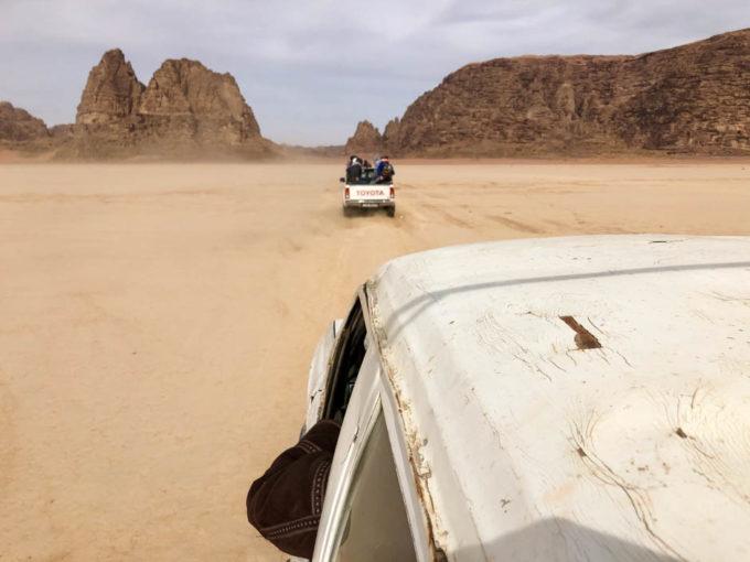 Wycieczka jeepami Wadi Rum