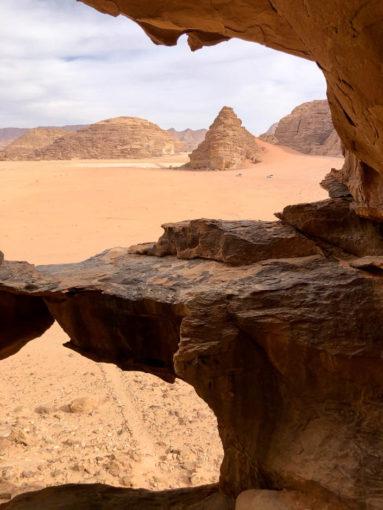 Wycieczka jeepami Wadi Rum łuki skalne